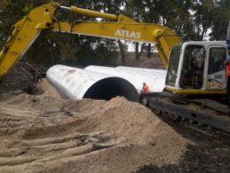 На мосту в Бобрику RGM group почала бетонування водопропускних труб