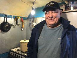 Кухня у вагончику RGM group: як живе та що готує дорожній кухар Олексій Лихобаба